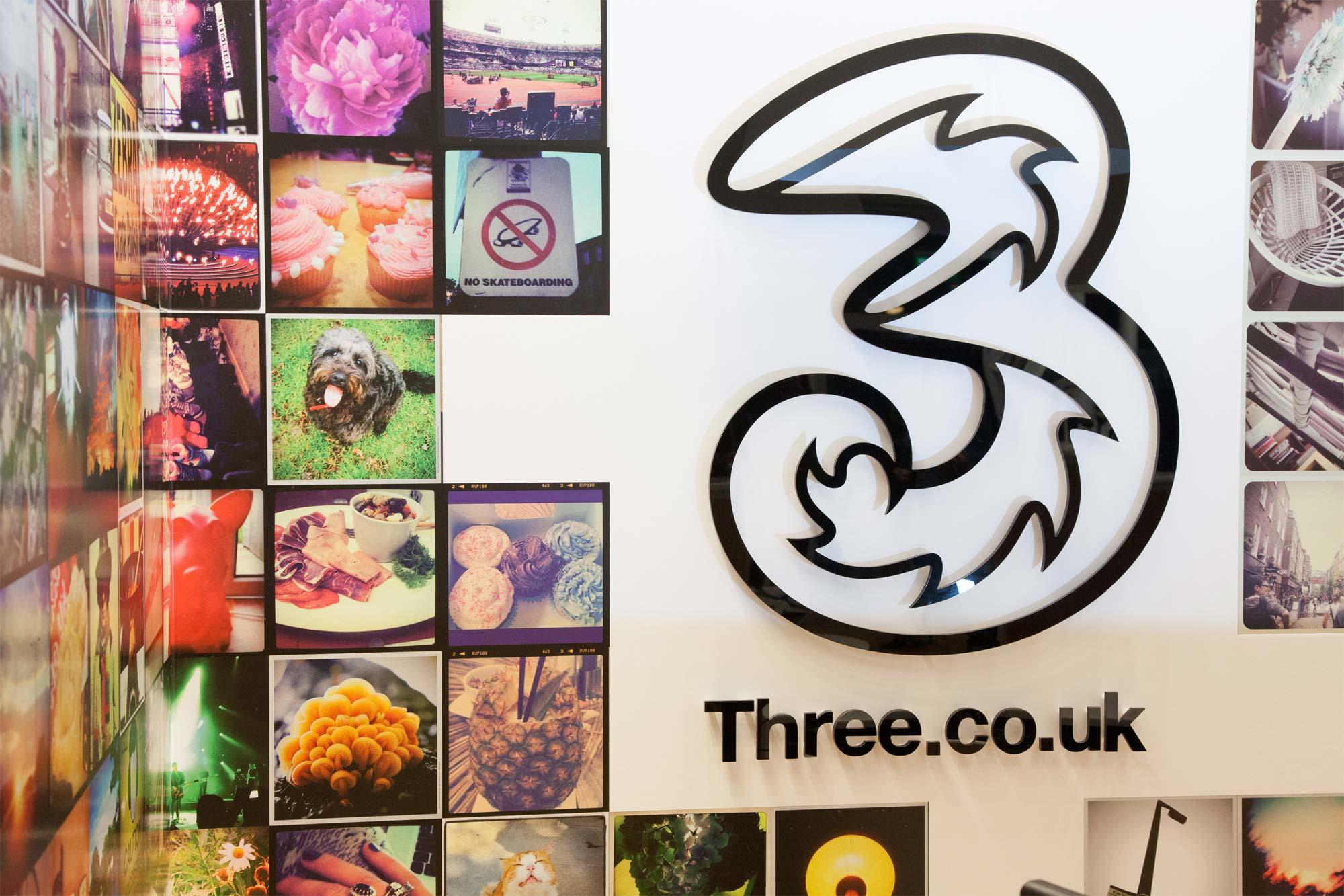 Three-mobile-store-logo.jpg